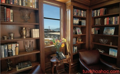 77281_traditional_library-home