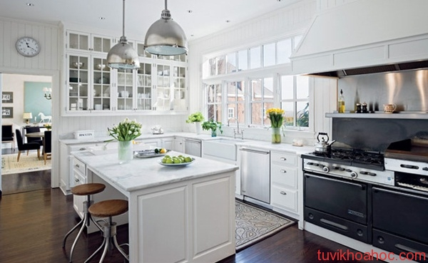 Contemporary-country-style-kitchen